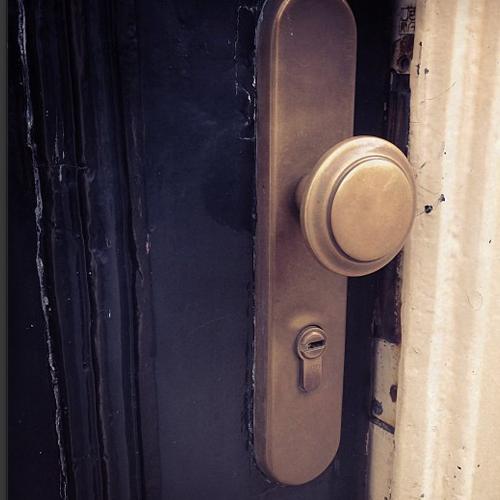 deur op een kier